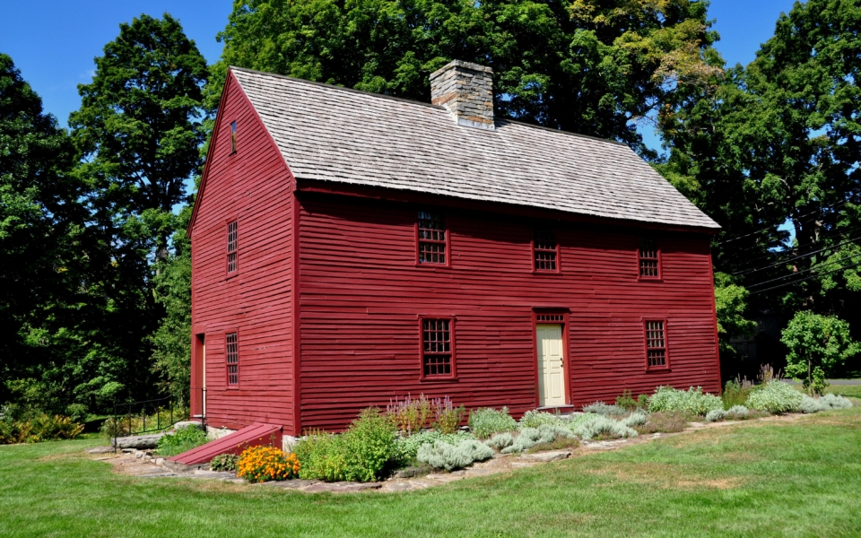 Woodbury, Connecticut:  Circa 1680 Hurd House, headquarters of the Old Woodbury Historical Society, built entirely of wood with a central chimney